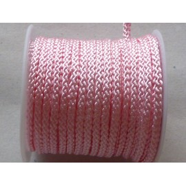 1m Cordon polyester 2mm de couleur rose pâle layette brillant